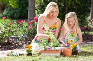 gardening-mother-daughter